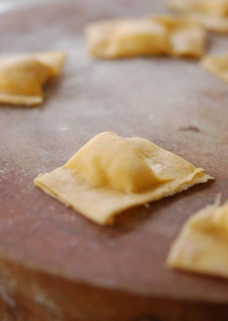 Making-Pasta-Ravioli-4