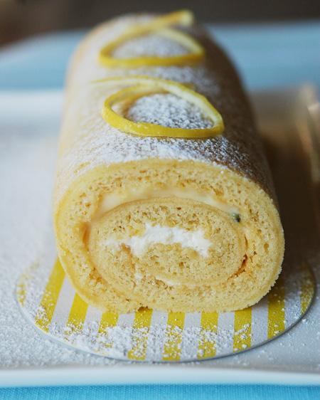Passionfruit-Sponge-Roll2