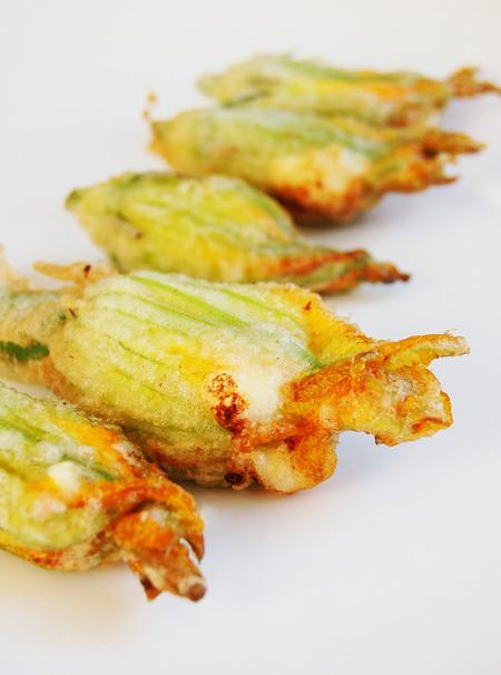Zucchiniblossoms6